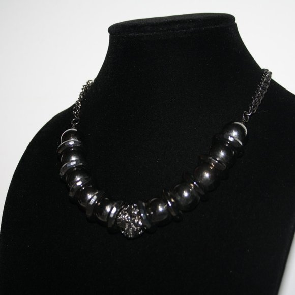 Stunning chunky gunmetal black necklace
